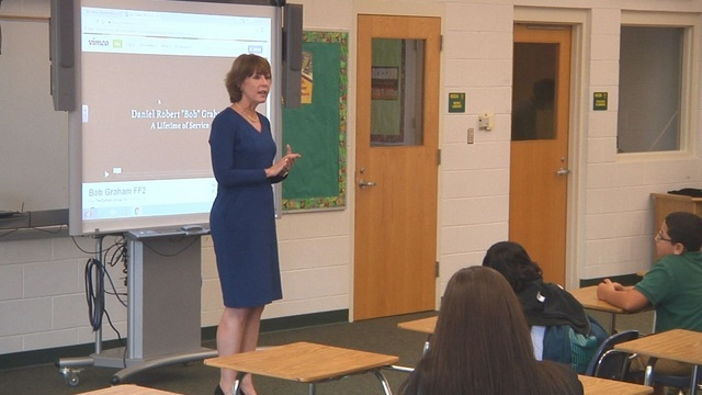 Rep. Gwen Graham holds workday at Jinks Middle School