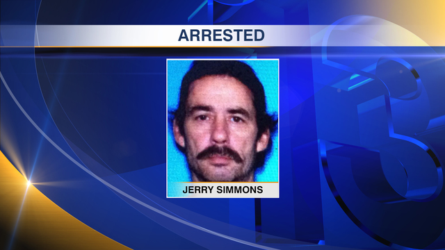 Laurel Hill man arrested following Holmes County chase