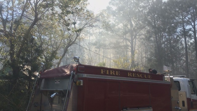 Firefighters contain Callaway woods fire