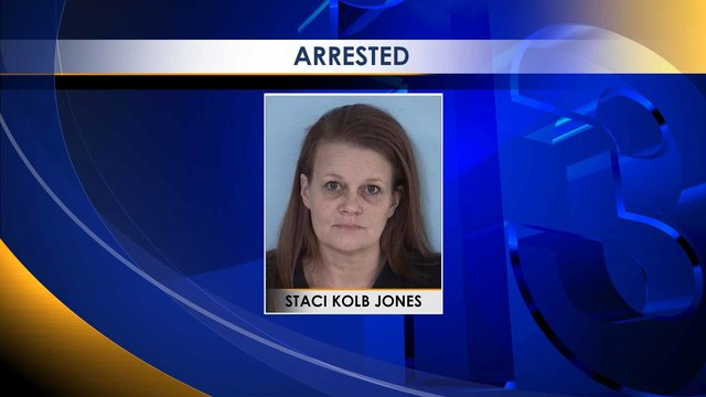 Defuniak Springs Woman Shoots at Tow-Truck Driver