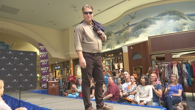 Mall Fashion Show Benefits American Red Cross