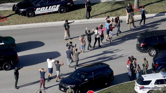 Broward schools to tear down building where mass shooting happened